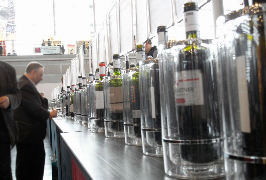 Vinprovning på Prowein. . Copyright: Christoph Raffelt